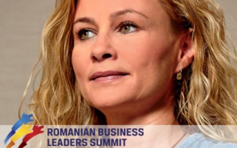"""Este esential sa scapam de paradigma """"merge si asa"""" si sa credem cu adevarat ca putem schimba ceva – interviu Mihaela Perianu pentru Romaniapozitiva.ro"""